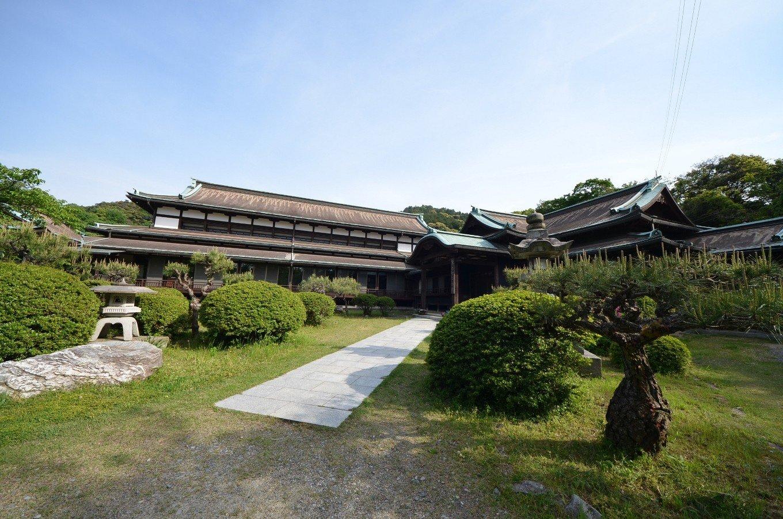 琴平町公会堂