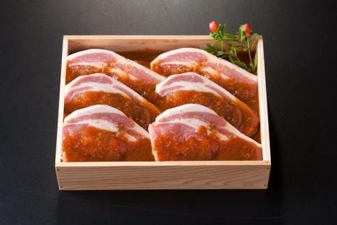 特製みそ漬け茨城豚ロース/6枚<木箱入り>【肉のイイジマ】