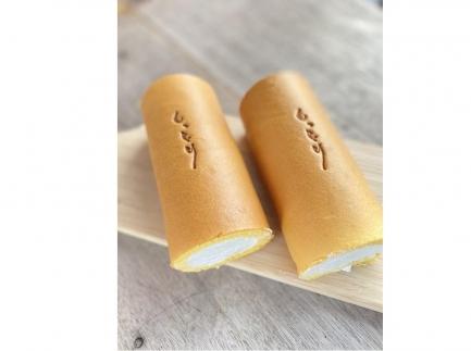 『しっとり』の焼き印入り!人気のクリームを使った本当にしっとりなグランネージュのロールケーキ2本入り