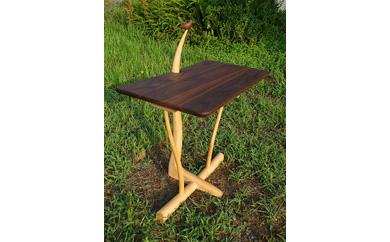 小鳥のコーヒーテーブル