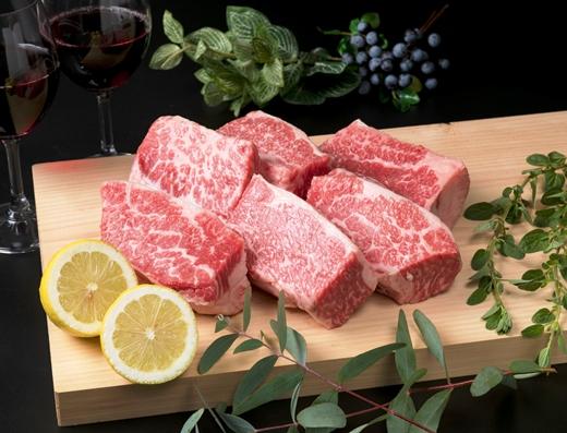 (まるごと糸島)A4ランク糸島黒毛和牛バラ肉ブロック煮込み用1kg入り