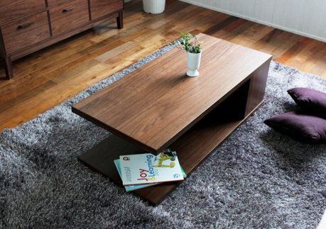 ウォールナット材を使用したモダンなテーブル【ネットワン110リビングテーブル】