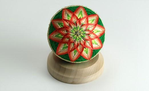 【加賀手まり】(緑)花てまり・小[白木台]