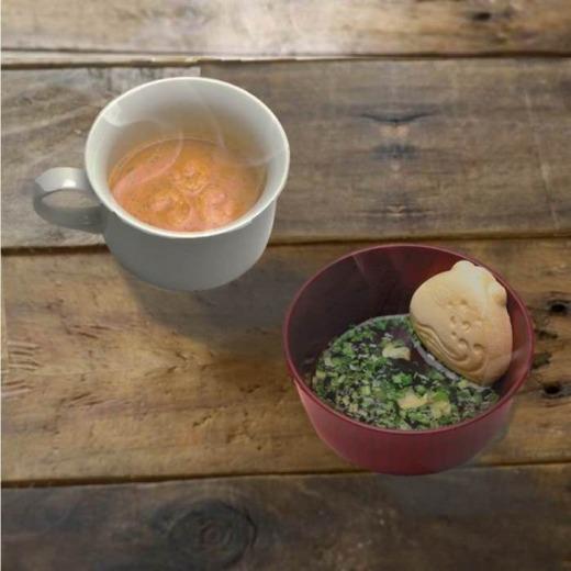 お湯を注いで本格スープ「MAMMONAKASET01」