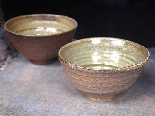 信楽焼焼締+緑釉飯茶碗ペアセット