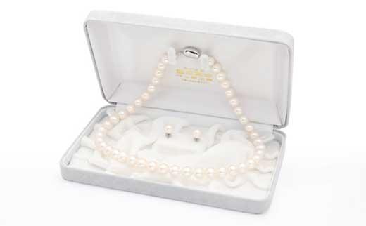 花珠あこや真珠9.0~9.5ミリ珠ネックレス・ピアス(またはイヤリング)セット(金具はWG)