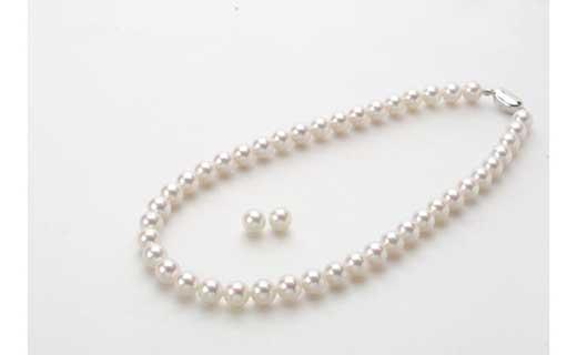 花珠あこや真珠9.5-10ミリネックレス・ピアス(またはイヤリング)セット