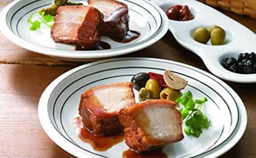 米久ハンバーグと豚肉の味噌煮込み、和醤煮込みのセット