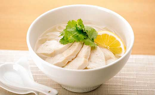 有機肥料コシヒカリ100%の米麺
