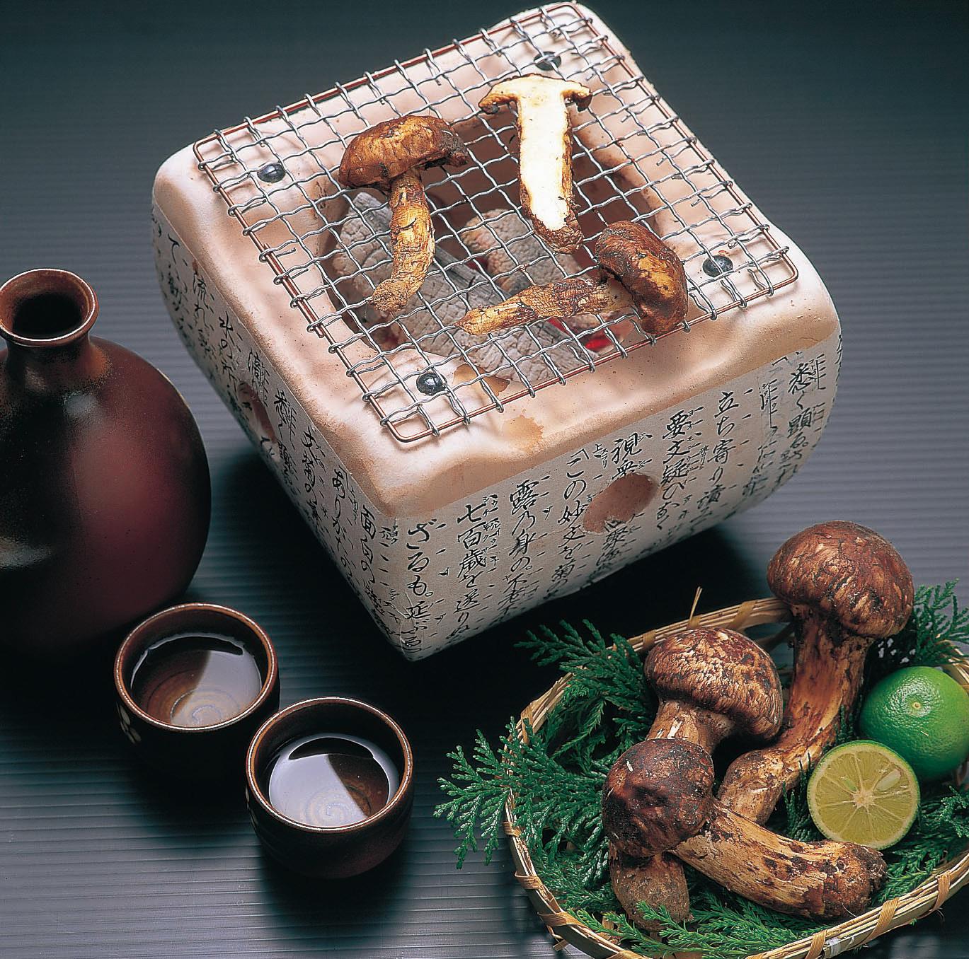 残りわずか!【和歌山県産】希少な「松茸」約200g【数量限定・専用箱入】