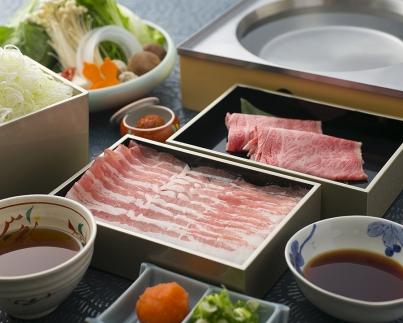 近江三元豚のつゆしゃぶと近江牛しゃぶしゃぶの食べ比べセット(2人前)【E016SM-C】