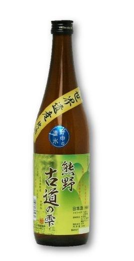 熊野古道の名水を使った「日本城 熊野古道の雫 本醸造タイプ」