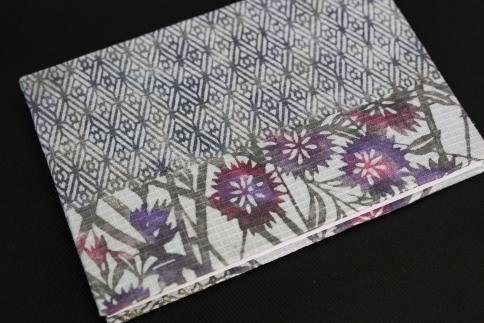 【東京染小紋】型染めと手差しのグラデーションを楽しめる御朱印帳(なでしこグレー&ピンクパープル)