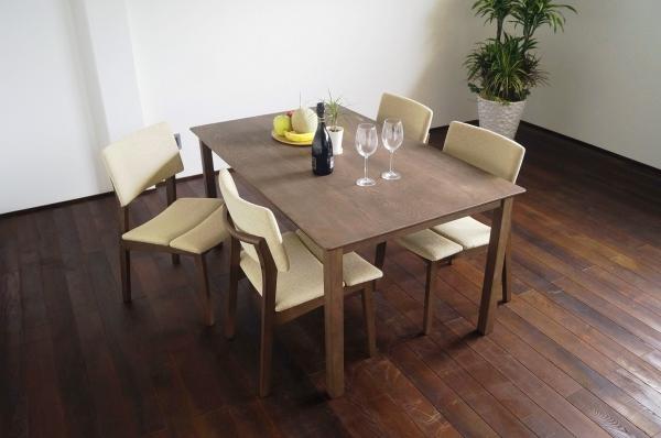 サーモアッシュ無垢ダイニングテーブル150サイズ・アッシュチェアファブリック(キャメル色)4脚セット