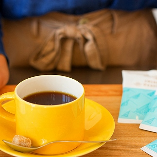 100%エメラルドマウンテン1杯10g入 100杯分挽きたて充填の新鮮ドリップコーヒー