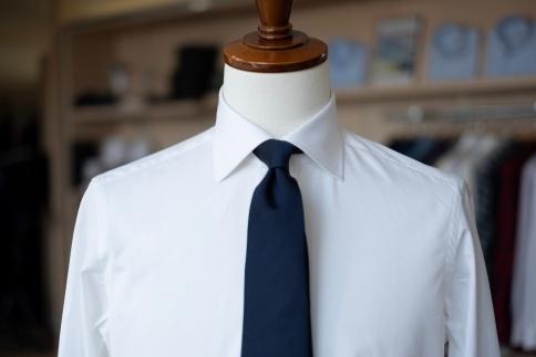 【プレミアムファブリック専用】MADEINTAMANOの高品質紳士用オーダーシャツ【MadetoMeasure】+国産ネクタイ
