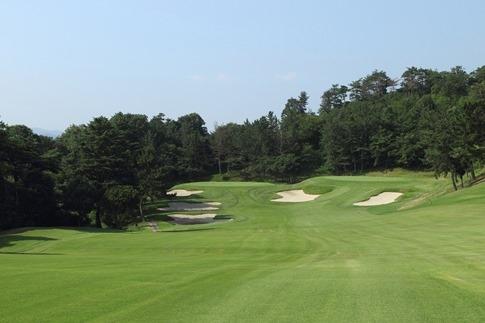 ゴルフプレー《東コース平日1ラウンドプレー》