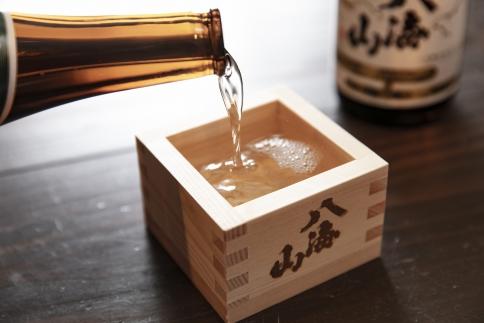 八海山3種詰合せ1800ml(普通酒、特別本醸造、吟醸酒)