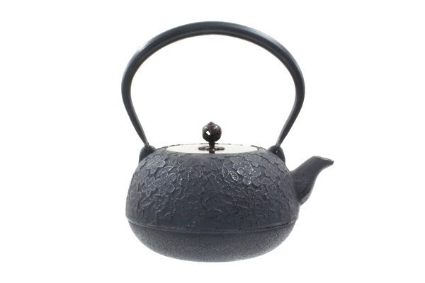 南部鉄器鉄瓶福型桜1.5L銅蓋付