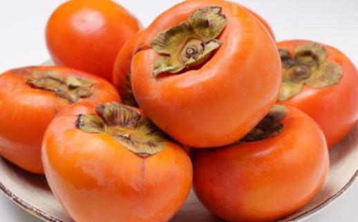 [甘柿の王様]和歌山産富有柿約7.5kgサイズおまかせ