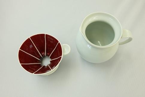 辰砂釉の陶芸作品「コーヒードリッパー・サーバーセット」
