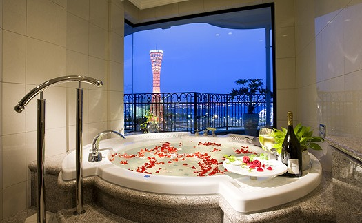 ホテルで記念日を スイートアニバーサリーステイプラン