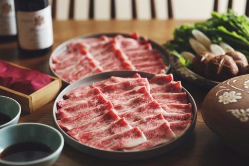 【オーガニック野菜・伊予牛】大洲の旬野菜とすき焼きセット