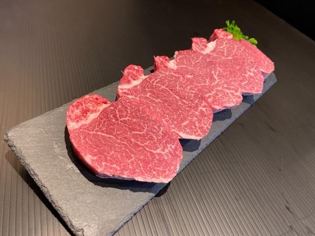 和歌山県産黒毛和牛「熊野牛」特選ヒレ(希少部位)ステーキ600g(120g×5枚)4等級以上