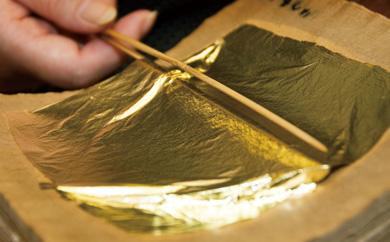 伝統工芸士作手塗り漆磨二重ぐい呑み内金メッキ赤金箔華切り回し1客