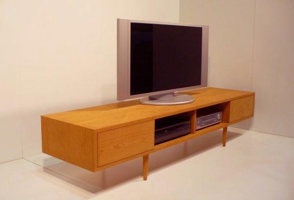 シャープでおしゃれな天然木ツキ板のテレビボード180cm ブラックチェリー材[mu-tv21]