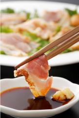 幻の性成熟の鶏肉 シャポーン鹿児島鶏たたき