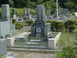 【玉野市深山霊園】 お墓掃除サービス
