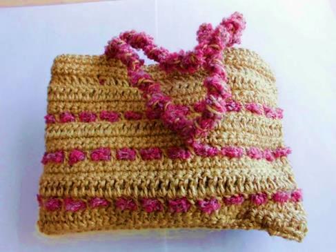 ◆麻糸で編み上げたバッグ