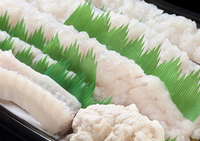 [お届けは6月中旬以降予定]沼島沖を漁場とする福良延縄漁の極上「鱧鍋セット」