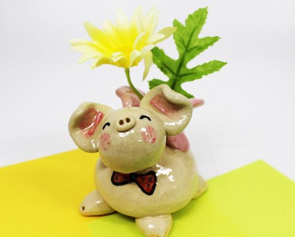 ☆沖縄豚伝説☆飛豚(とんとん)花挿し
