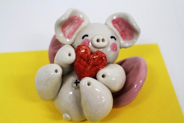 ☆沖縄豚伝説☆寝飛豚(とんとん)陶置物(大)