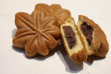 宮島銘菓 博多屋のもみじ饅頭