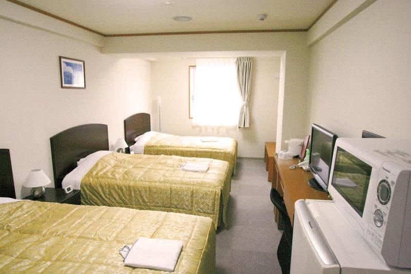 ホテルピースアイランド宮古島宿泊クーポン(3000点)