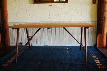 Aラインテーブル