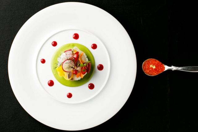 渋谷の閑静な住宅街にあるチャペル付きの隠れ家レストラン「アンジェパティオ」ペアディナー食事券 ~REGINA レジーナ~