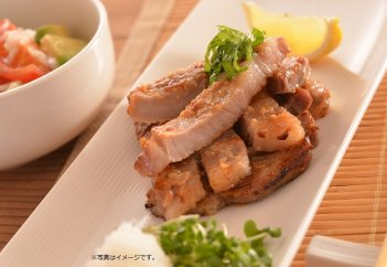 AD703-C田んぼ豚ロースブロック4kg・放牧とお米で育った希少な豚肉【45000pt】