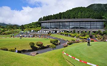 箱根湖畔ゴルフコース 平日1ラウンドプレー券(キャディ付)