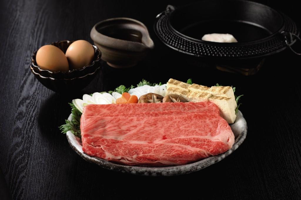 〈東京・つきぢ田村〉飛騨牛すき焼き