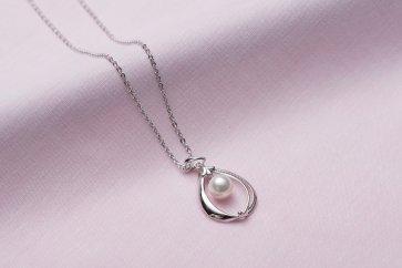 真珠品評会入賞常連のオーハタパールが作る海の宝石アコヤ真珠シルバーペンダント(40cm)