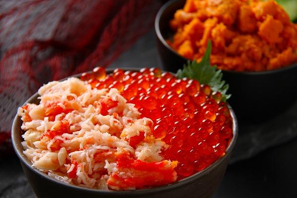 手軽に豪華海鮮丼・たっぷりセット!利尻産ウニ・いくら・タラバ<福士水産>