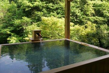 山中温泉「かよう亭」ペア宿泊券 露天風呂付客室