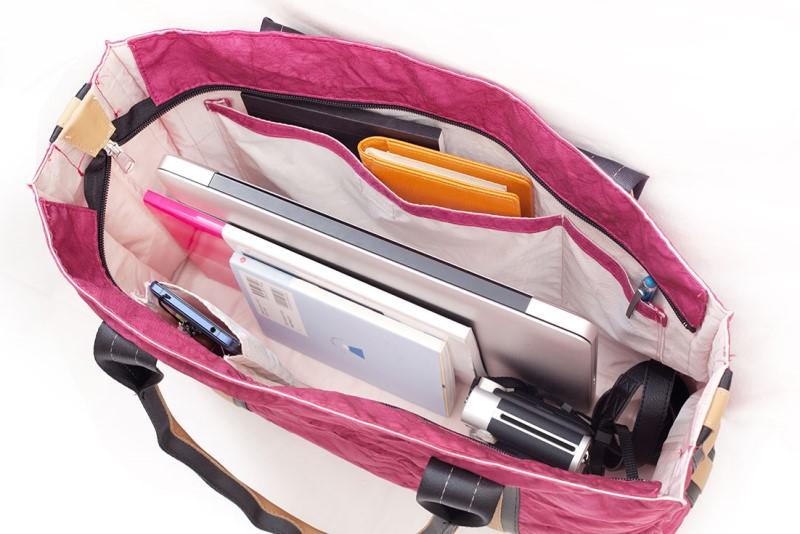 BB05 自動車のエアバッグが素材の耐久性に優れた男女兼用トートバッグ【台形】Pink