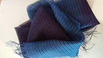 本藍染めショール清流