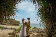 【100カット】沖縄本島のビーチで撮影するフォトウェディングプラン(ドローン撮影&ダイジェストムービーつき)