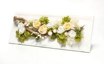 生花の風合いをそのままに…プリザーブドフラワーアレンジL ホワイト